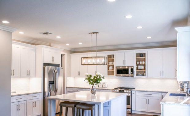 Μοντέρνα κουζίνα και πόσο ταιριάζει στην οικία σας